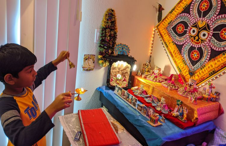 Young Shreyan worships his deities